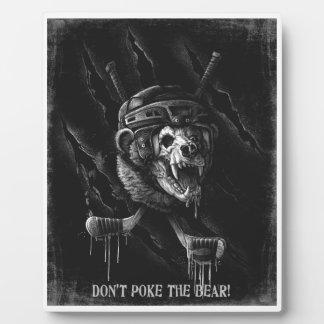 No empuje el oso placas para mostrar