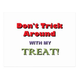 No engañe alrededor de la advertencia de Halloween Tarjetas Postales