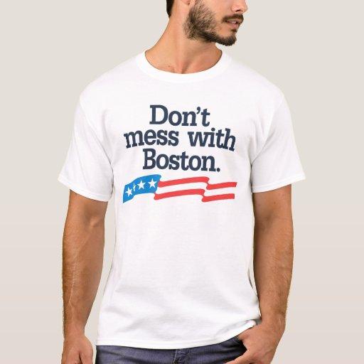 No ensucie con Boston Playera