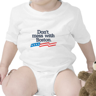 No ensucie con Boston Camiseta