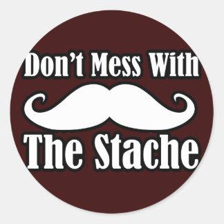 No ensucie con el bigote pegatinas redondas