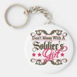 No ensucie con el chica de un soldado llaveros personalizados