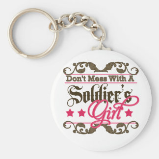 No ensucie con el chica de un soldado llavero redondo tipo pin