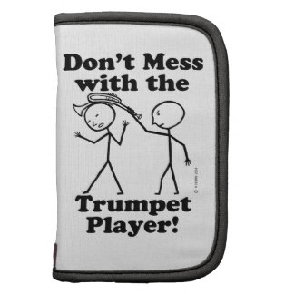 No ensucie con el jugador de trompeta