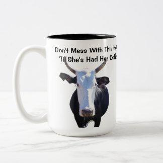 No ensucie con esta taza divertida de la vaca de