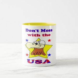 No ensucie con la taza de los E.E.U.U.