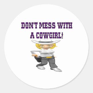 No ensucie con una vaquera pegatina redonda