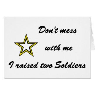 No ensucie conmigo que crié a dos soldados tarjeta de felicitación