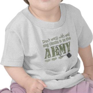No ensucie conmigo que mi tío está en el ejército camisetas