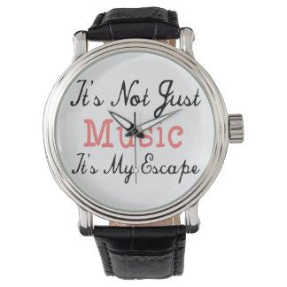 No es apenas música, él es mi escape - cita relojes