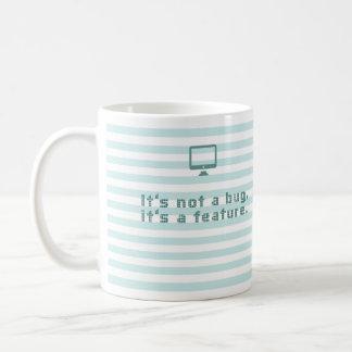 No es un insecto, él es una característica taza de café
