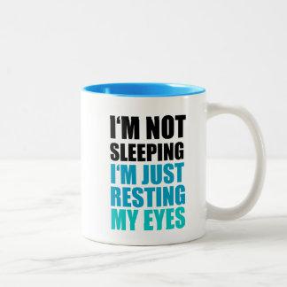 No estoy durmiendo, yo apenas estoy descansando taza de dos tonos