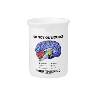 No externalice su pensamiento (la anatomía del jarra para bebida