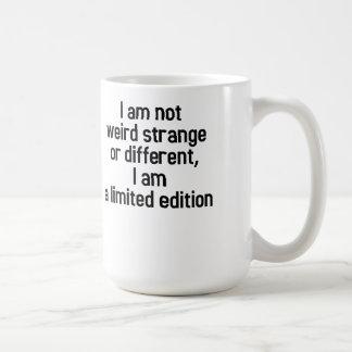 No extraño, soy una edición limitada taza básica blanca
