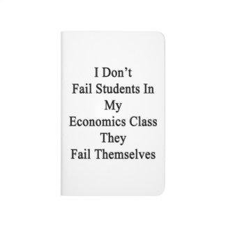 No fallo a estudiantes en mi clase de la economía cuaderno grapado