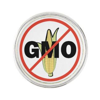 No GMO - On White Pin