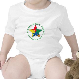 No grite por favor traje de bebé