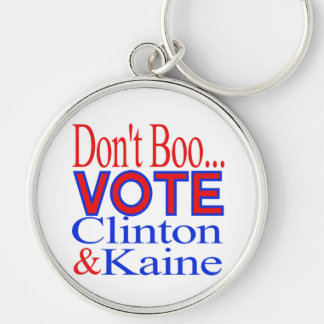 ¡No hace el voto del abucheo…! Clinton y Kaine Llavero Redondo Plateado