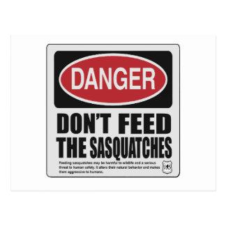 No hace la alimentación Sasquatches Tarjetas Postales