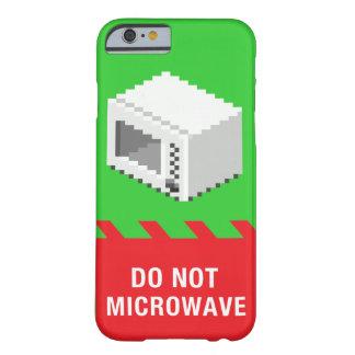 No hace la microonda (el verde) funda para iPhone 6 barely there