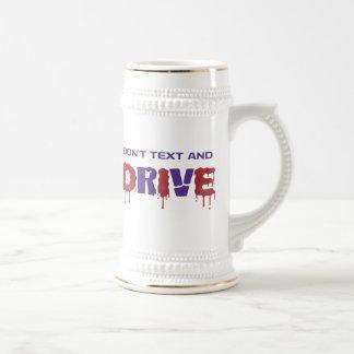 No hacen el texto y la impulsión taza de café