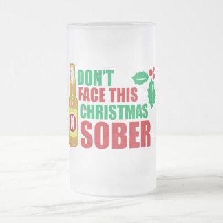 No haga frente este al navidad sobrio taza cristal mate