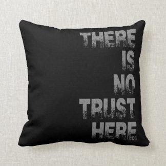 No hay confianza aquí almohadas