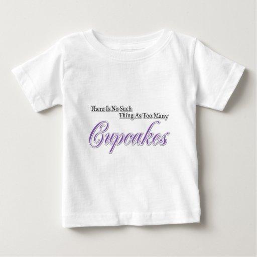 ¿No hay cosa tal como demasiadas magdalenas? Tee Shirt