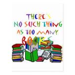 ¡No hay cosa tal como demasiados libros! Postal