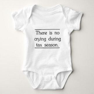 No hay griterío durante la estación del impuesto body para bebé