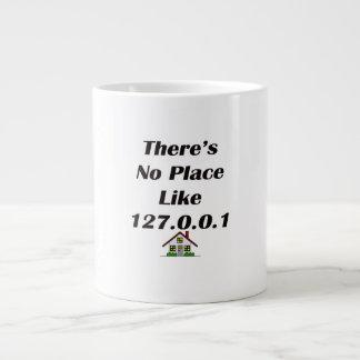 No hay lugar como el negro con la casa taza de café grande