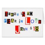 No hay miedo en amor tarjeta de felicitación