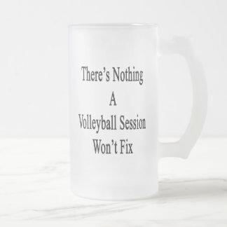 No hay nada que una sesión del voleibol no fijará taza de cristal
