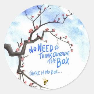 No hay necesidad de pensar fuera de la caja, allí pegatina redonda