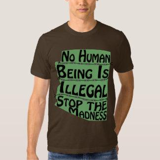 No hay ser humano camiseta ilegal polera