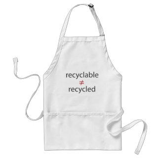 no igual reciclable a reciclado delantal