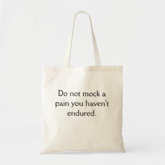 No imite el tote del presupuesto bolsa tela barata