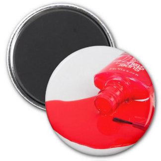 No llora el esmalte de uñas encima derramado imán redondo 5 cm