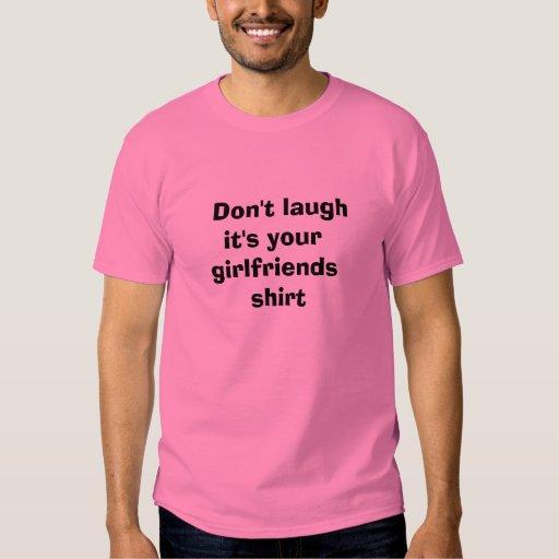 No lo ría es su camisa de las novias