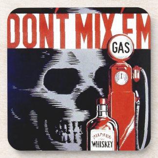 No los mezcle poster del vintage del gas del whisk