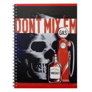 No los mezcle poster del vintage del gas del whisk note book