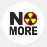 No más de lema antinuclear de la protesta etiqueta redonda