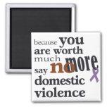 No más de violencia en el hogar imán cuadrado