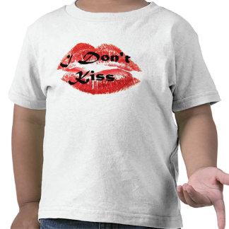 No me beso camisetas