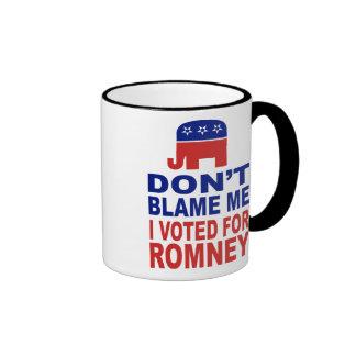 No me culpe que voté por Romney Taza De Dos Colores