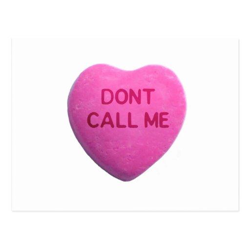 No me llame corazón rosado del caramelo tarjeta postal