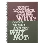 No mire detrás cuaderno