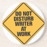 No moleste al escritor en el trabajo posavasos manualidades