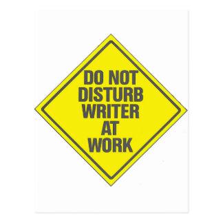 No moleste al escritor en el trabajo postal