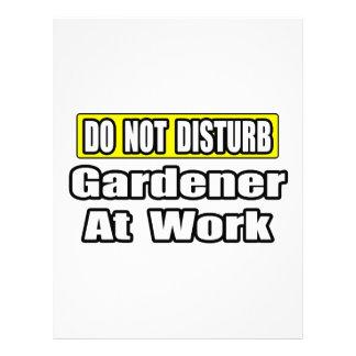 No moleste… al jardinero en el trabajo membretes personalizados